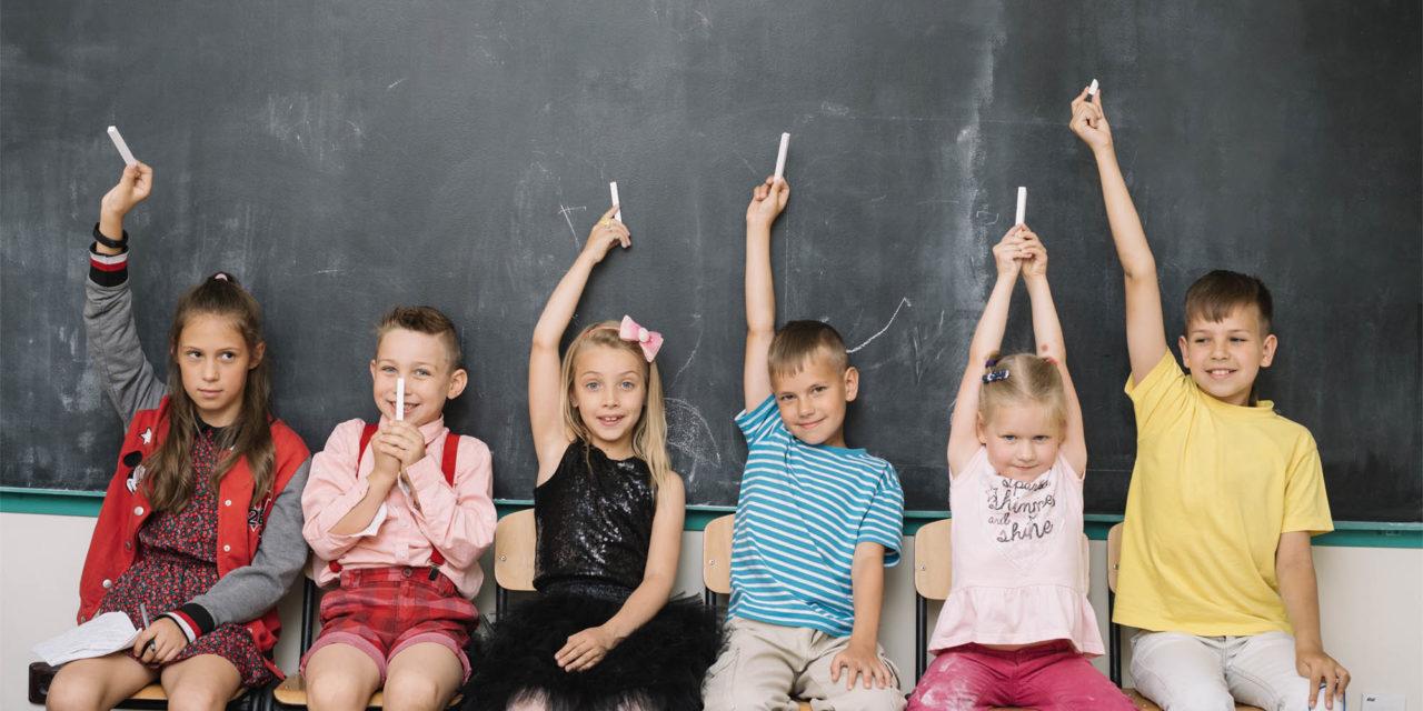 El «pin parental», la polémica que llega a los colegios